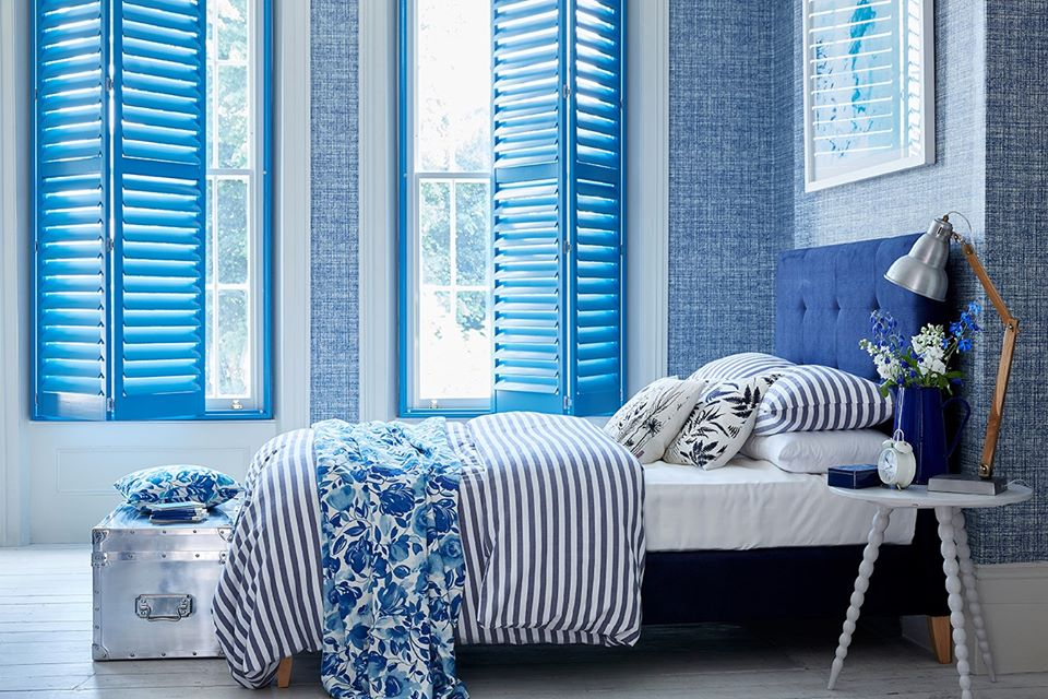 DIY-shutters-blue-in-the-bedroom.png