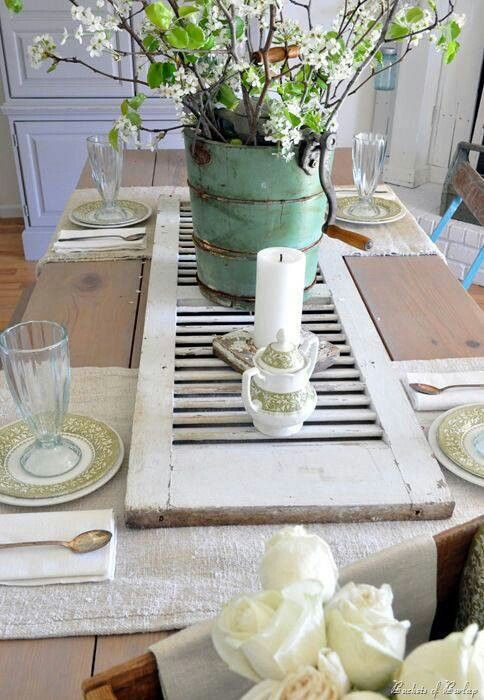 shutters-as-table-decoration.jpg