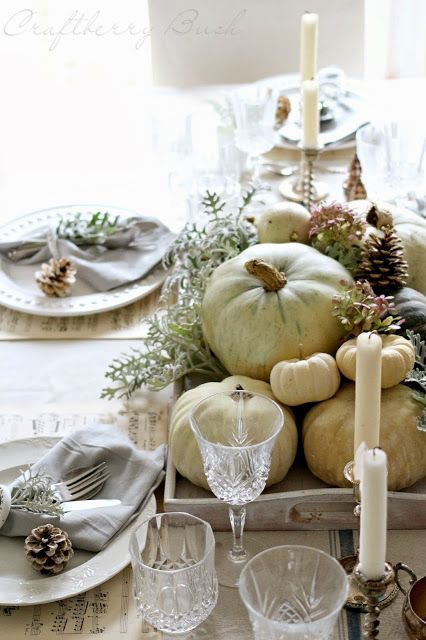 Thanksgiving-table-decor-11.jpg