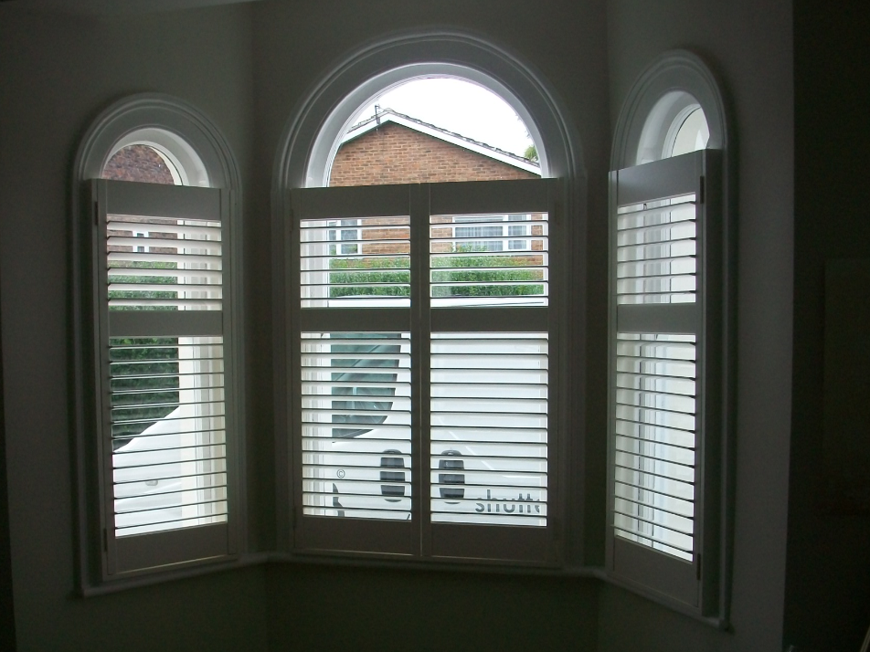 cafe-style-shutters-with-top-of-window-open.png