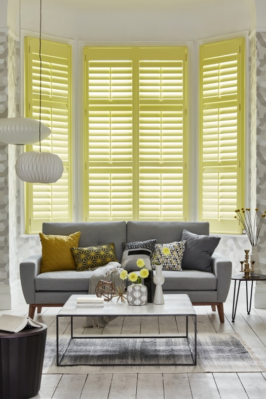 3_California-Shutters-Full-height-classic-hardwood-shutters-in-Dulux-trade-colour-paint-from-£156m2-copy.jpg