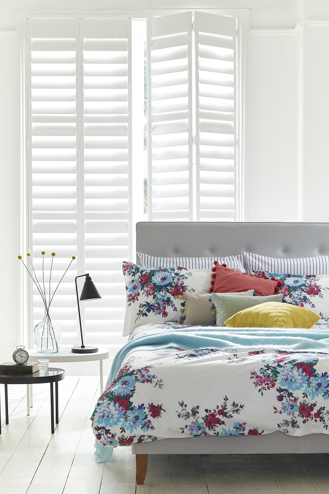 full-height-shutters-in-the-bedroom.jpg