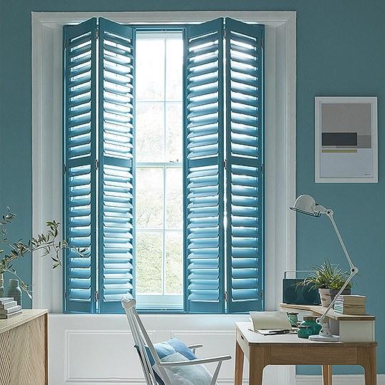 Shutters Bay Window Bedroom